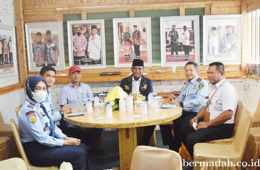 Karutan Pekanbaru Silaturahmi ke Santri Tani NU