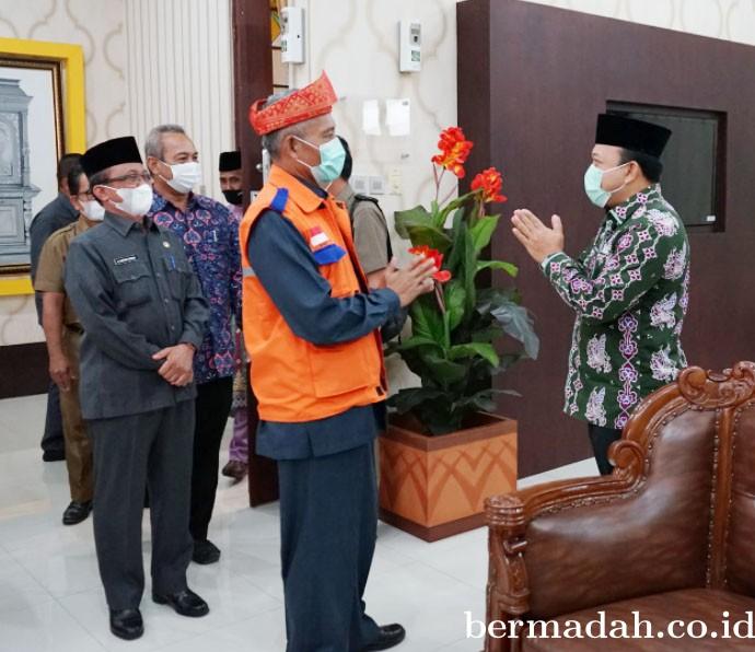 Usulkan Marhum Pekan Sebagai Pahlawan Nasional